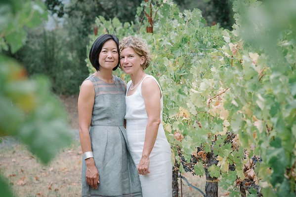 Helen & Julie | Barrel House Vineyards| Healdsburg Wedding Photogaphy