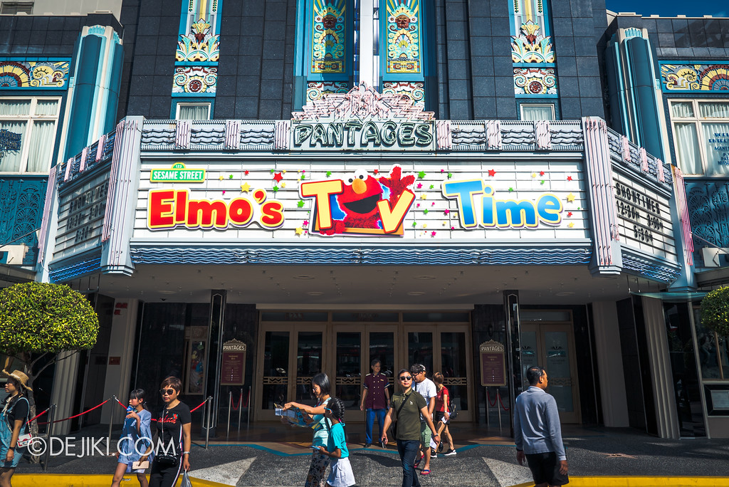 Universal Studios Singapore Park Update February 2018 Chinese New Year - Elmo's TV Time show at Pantages Hollywood Theatre