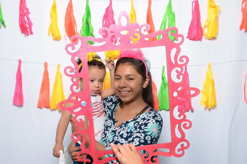 Tacoma_Photobooth_Moposobooth_MOLE-243.jpg