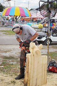 Masters-Of-Chainsaw