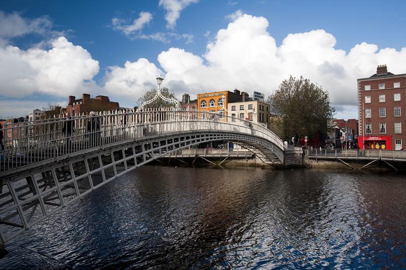 Ha' Penny (Half Penny) Bridge and Liffey River, Dublin, Ireland