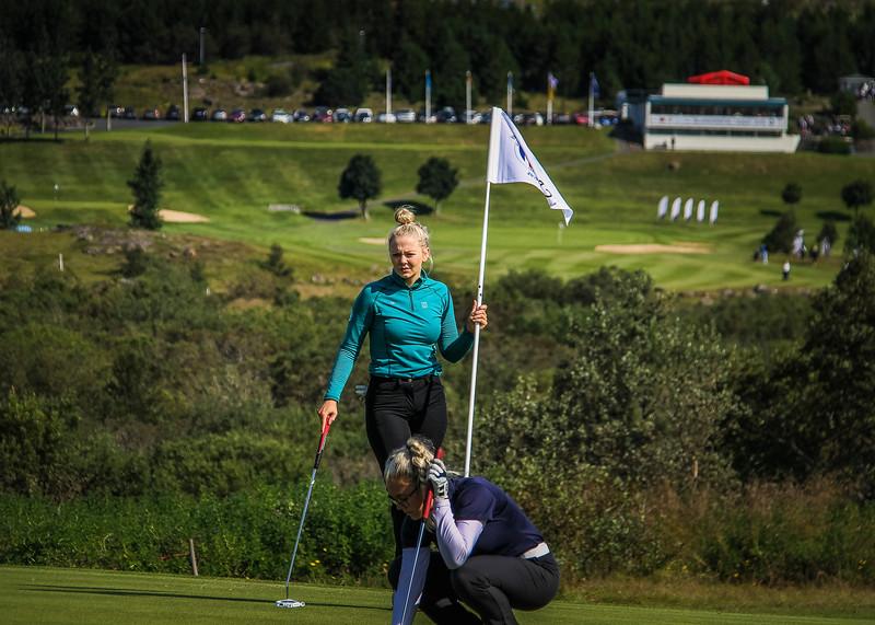 Íris Lorange Káradóttir, Kristín Sól Guðmundsdóttir.  Íslandsmót golf 2019 Grafarholt - 1. keppnisdagur. Mynd: seth@golf.is
