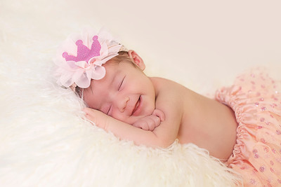 Ella Josephine | Newborn