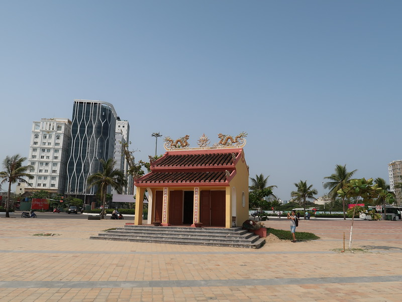 IMG_3442-lonely-temple.JPG