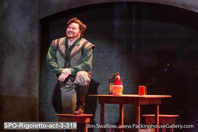 SPO-Rigoletto-act-3-319.jpg