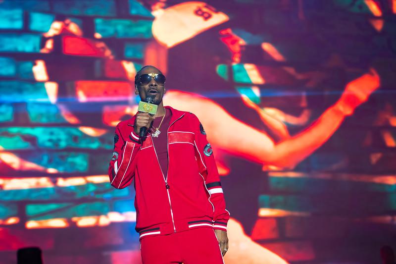 Snoop Dogg performing at Bottlerock