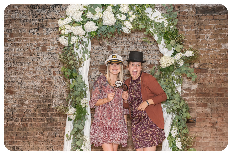 Laren&Bob-Wedding-Photobooth-229.jpg