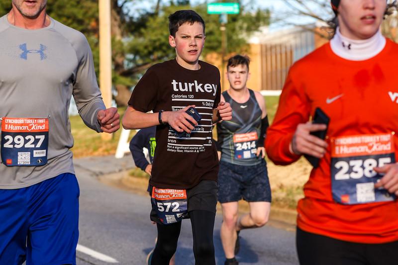 2019 Lynchburg Turkey Trot 198.jpg