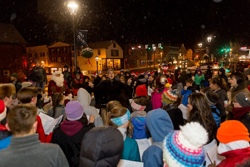 Orono-Festival-of-Lights-016.jpg