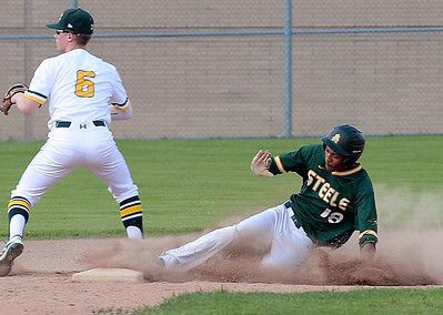 Amherst knocks off St. Edward for second straight district title