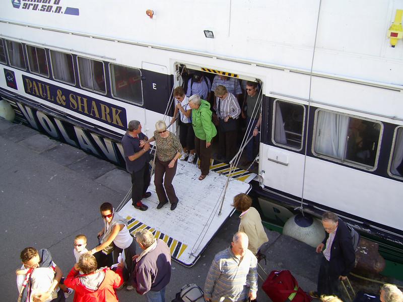 HSC CITTA' DI SORRENTO disembarking in Capri.
