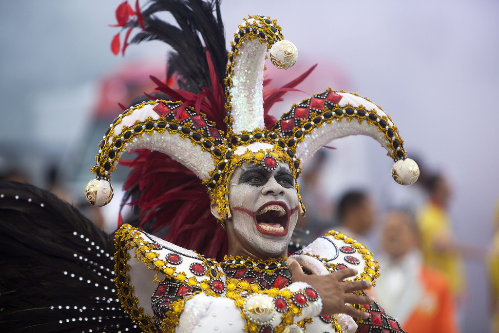 . A member of \'Grupo Especial Tom Maior\' samba school performs during celebrations of the Carnival at the sambadrome of Anhembi in Sao Paulo, Brazil, 01 March 2014.  EPA/SEBASTIAO MOREIRA
