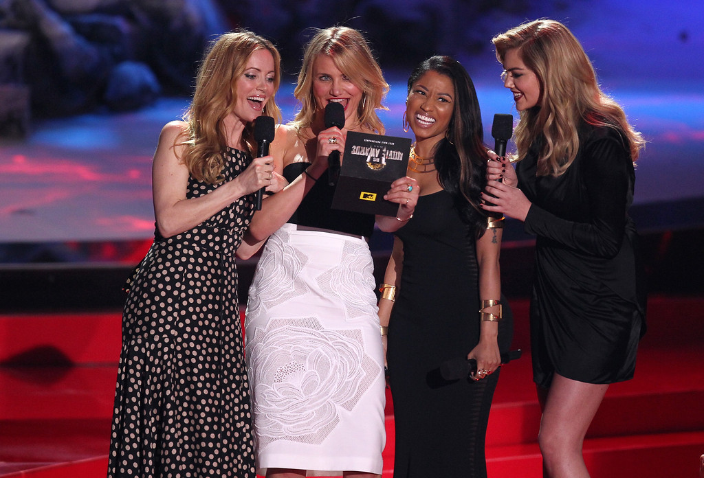 . From left, Leslie Mann, Cameron Diaz, Nicki Minaj and Kate Upton present the award for best male performance on stage at the MTV Movie Awards on Sunday, April 13, 2014, at Nokia Theatre in Los Angeles. (Photo by Matt Sayles/Invision/AP)