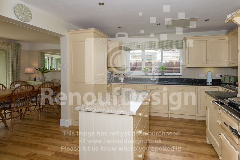 19 - Four Bedroom New Forest Chalet Bungalow with Annexe and Garden Room - For Sale