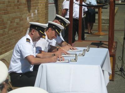 FDU(P) Change of Command 2009