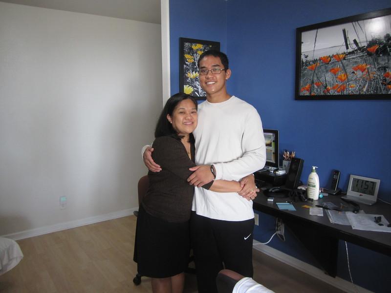 Hawaii - Kevin Leaves for Freshman Year-11.JPG