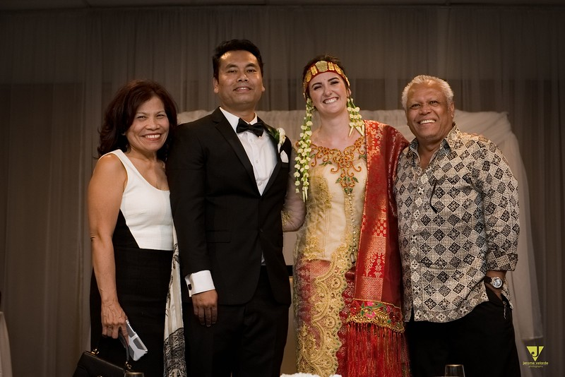 Wedding of Elaine and Jon -713.jpg