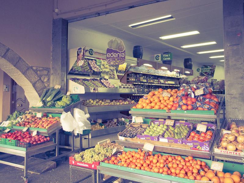 veg storefront.jpg