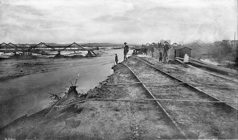 1885, Flood at Downey Bridge
