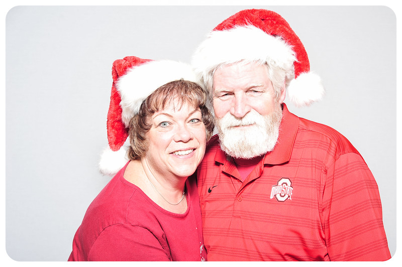 WDTN-TV-Holiday-Photobooth-42.jpg
