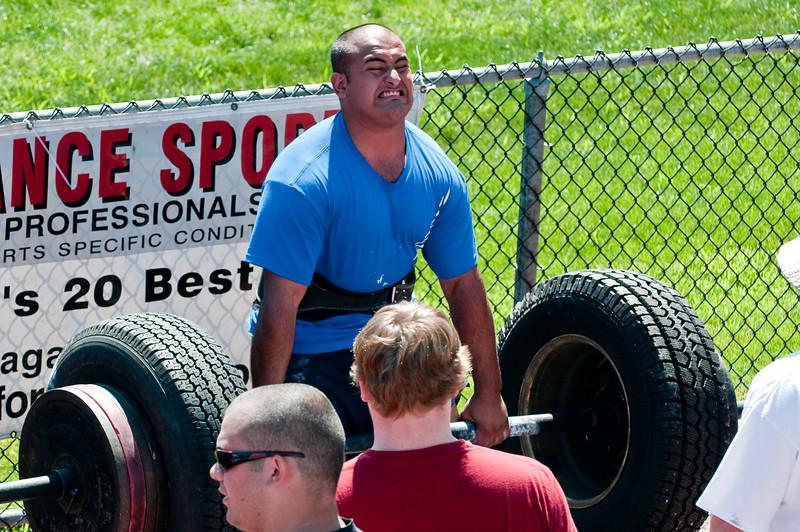 Strongman2009_Competition_DSC1246-1.jpg