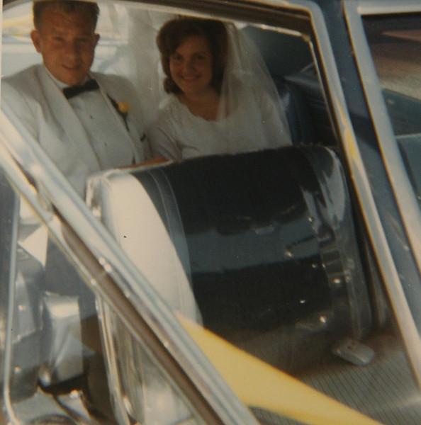 dad mom wedding day_web.jpg