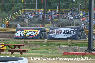 World of OutLaws - NES Speedway 5-19-15