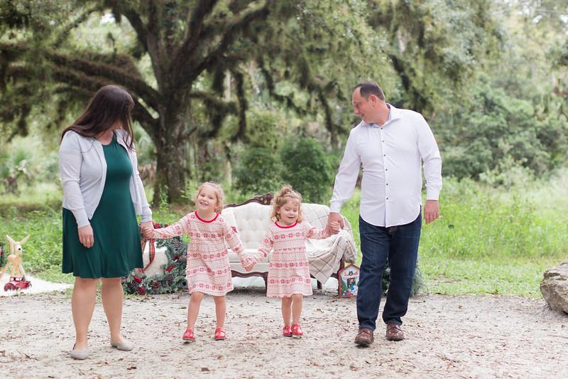Holiday Minis- Bogie Family-17.jpg