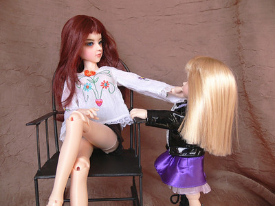 Jenni and Melady meet for the 1st time