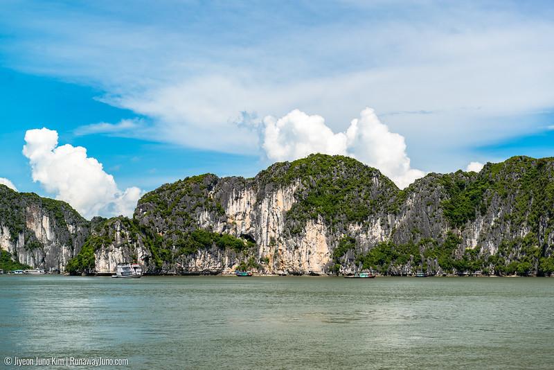 Halong Bay-6107867.jpg