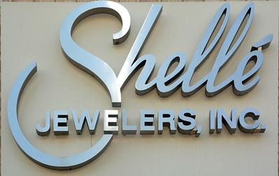 Shelle Jewelers