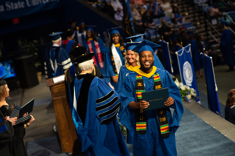 May 12, 2018 commencement -0958.jpg
