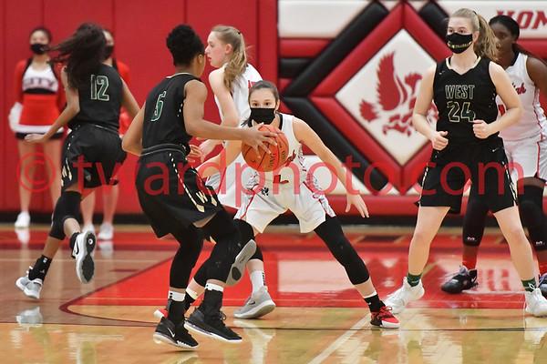 2021 CHS Girls Basketball - IC West