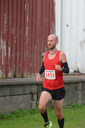 Halfway, Gallery 1 - 2013 Romeo to Richmond Half Marathon