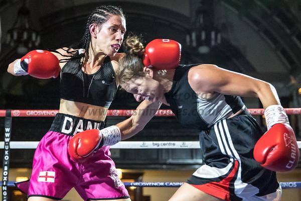 Danni Hodges vs Sonia Klos