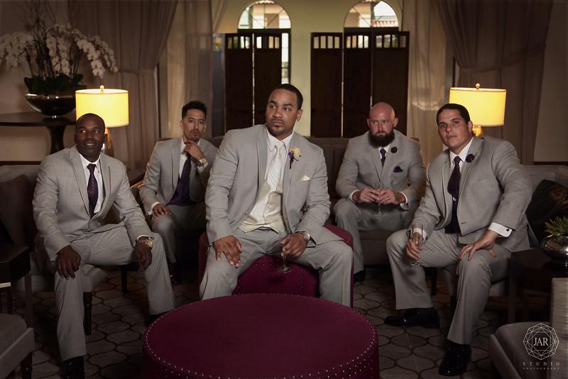 09-groomsmen-cool-fun-alfond-inn-jarstudio.JPG