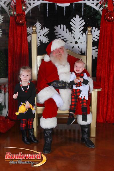 Santa 12-17-16-334.jpg