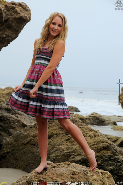 malibu swimsuit model 34surf beautiful woman 079,,0,0,,,