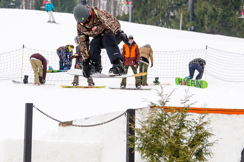 Snow-Trails_Mid-Season-2015-SpFeat-56.jpg