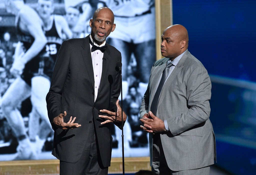 . Kareem Abdul-Jabbar, left, and Charles Barkley present the lifetime achievement award at the NBA Awards on Monday, June 25, 2018, at the Barker Hangar in Santa Monica, Calif. (Photo by Chris Pizzello/Invision/AP)