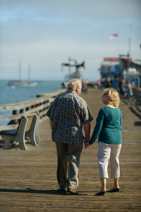 6497_d800b_Michael_and_Rebecca_Capitola_Wharf_Couples_Photography
