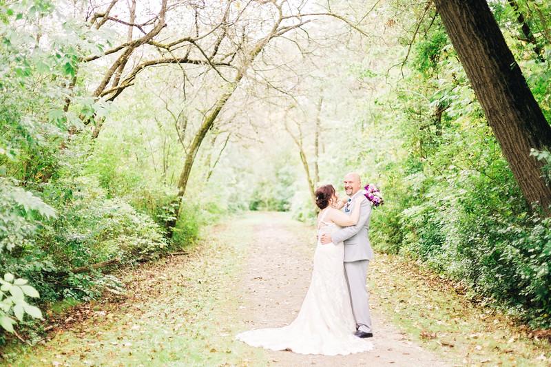 chateau-on-the-river-trenton-michigan-wedding-0136.jpg