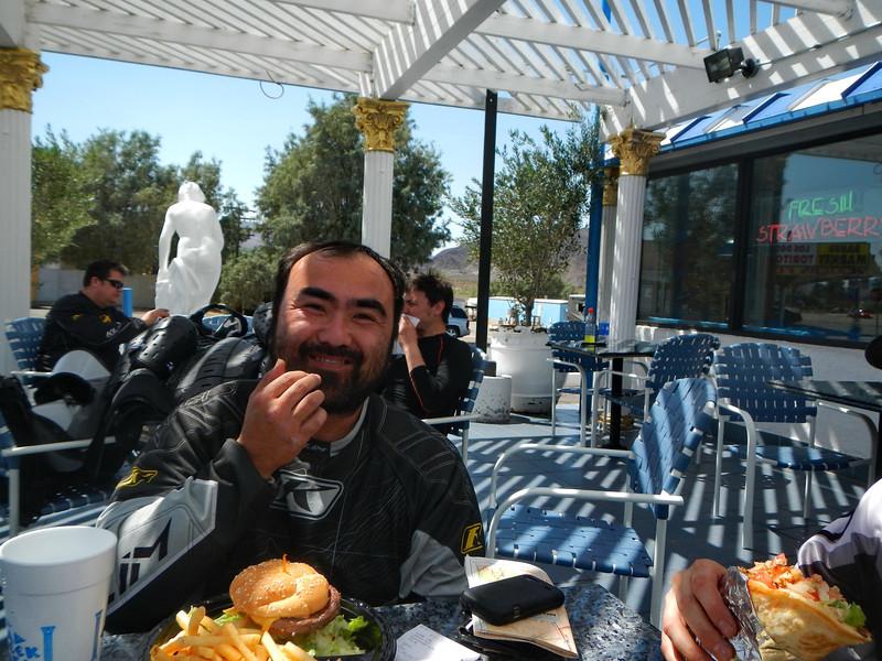 MojaveTrailMayhem2012-04-28 13-16-47.JPG
