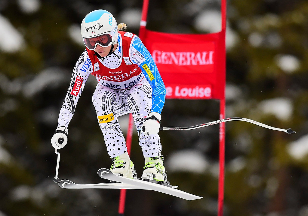 . Julia Mancuso, of the United States, races down the course during the women\'s World Cup downhill ski race in Lake Louise, Alberta, Saturday, Dec. 6, 2014. (AP Photo/The Canadian Press, Frank Gunn)