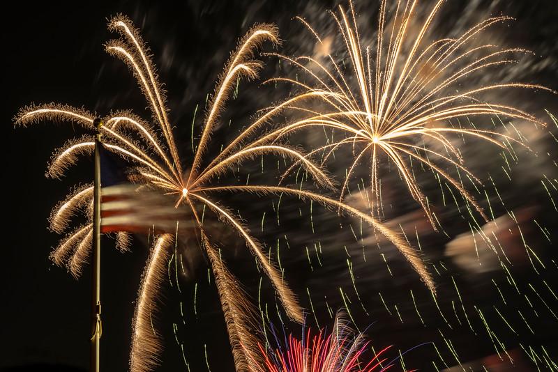 Fireworks Oakley '19-8.jpg