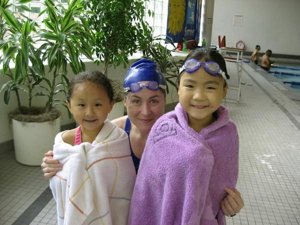Grace, Lindsay, and Jessica.JPG
