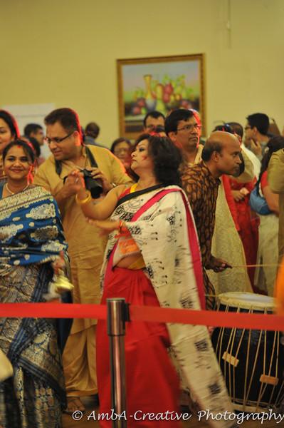2013-10-13_DurgaPuja_Navami@KallolNJ_59.jpg