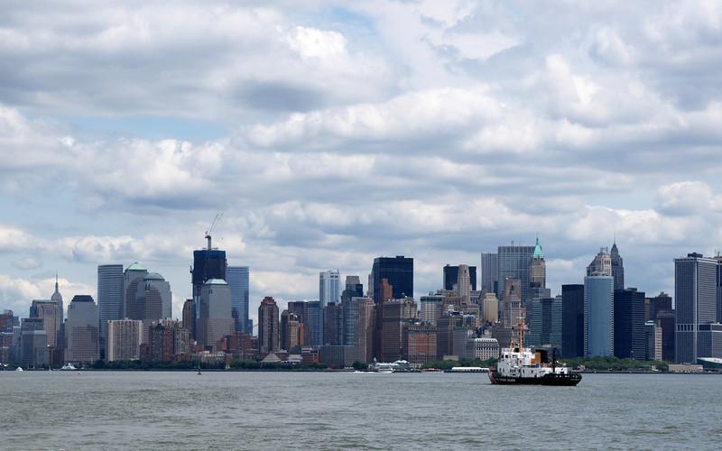 NY bureau2.jpg