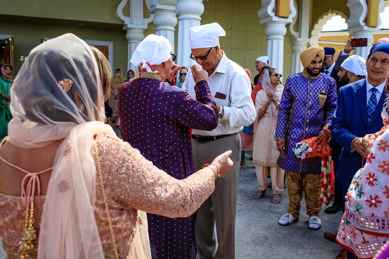 Neelam_and_Matt_Gurdwara_Wedding-1275.jpg