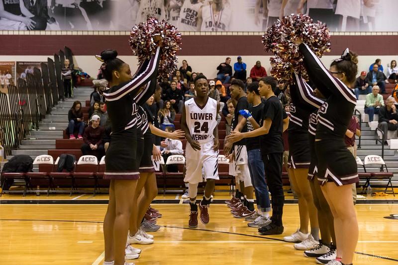 LMHS_boys_Basketball_vs_CBS-6.jpg